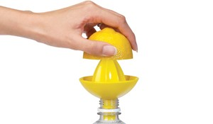 SOMBRERO Bottle Juicer